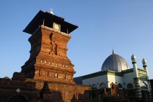 Masjid-Menara-Kudus1