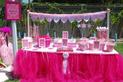Princess Party Table tule